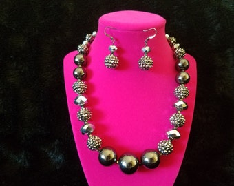 Unique and Antique! Vintage 1960's Silver and Gray Bauble and Bead Necklace and Earring Set - Pristine Vintage Condition! Gorgeous!