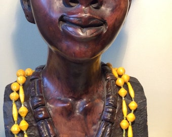 Upcycling-Halskette aus Papierperlen - gelb