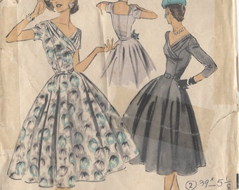 "1950s Vintage Sewing Pattern B32"" DRESS (R152) By 'Luis Estevez' Advance 7966"