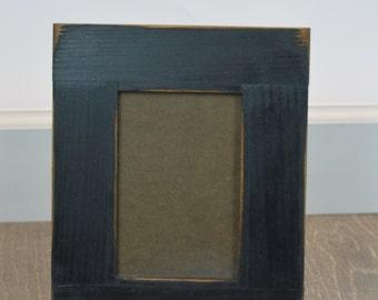 Distressed frame/photo frame/black frame/wall frame/rustic frame