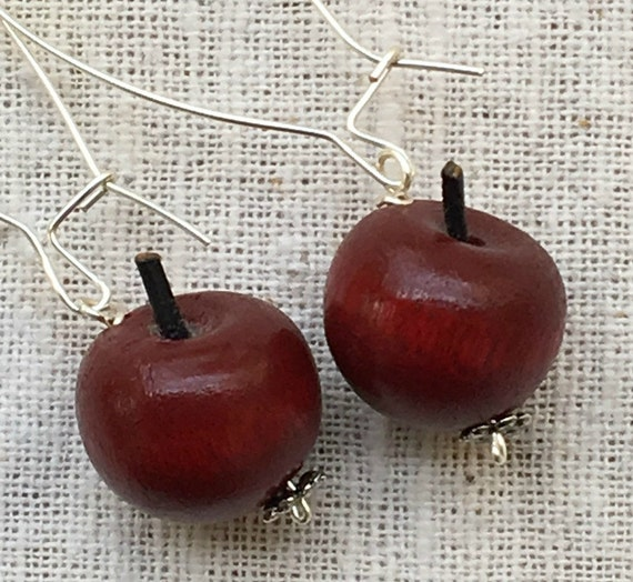 Red apple earrings, apple earrings, apple jewelry, fruit earrings, red apple, apple, red apple jewelry, red earrings, teacher earrings