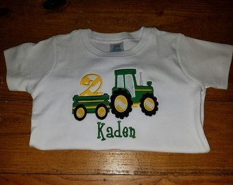 Tractor Birthday Shirt/Farm Birthday/Personalized Tractor Applique/Tractor Applique Design/Yellow and Green Tractor/Boys/Tractor Party/Girls