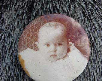Vintage Baby Face Button
