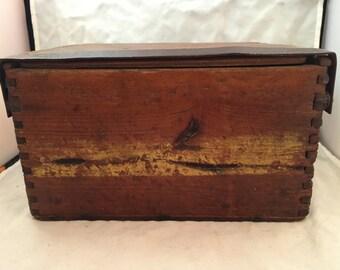 "Vintage Primitive Hand-Made Dovetail Box - 9.5"" x 7"" x 5"""