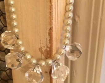 Crystal and Pearl Beaded Necklace