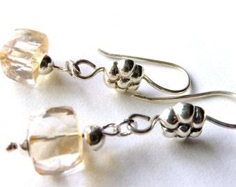 Champagne Quartz Cube Earrings, Square Sterling Silver Drops, Neutral Tones, Modern Quartz Faceted Earrings, Silver Flower Ear Wires