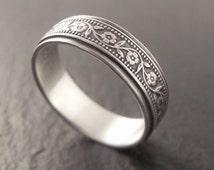 Sterling Silver Wedding Band, Womens Wedding Band, Mens Wedding Band, Petunia, Floral Wedding Ring, Womens Wedding Ring, Mens Wedding Ring