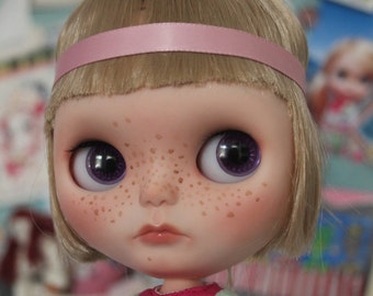 OOAK custom Blythe doll by crafting with loove