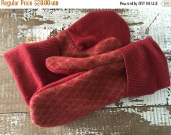 30%OFF SUPER SALE- Mens Winter Mittens-Felted Wool Mittens- Mens-Red Mittens