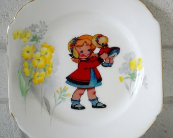 1940's Little Girl With Dolly Vintage Ornamental Wall or Table Display Heirloom Plate (08)