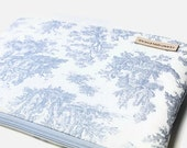 """Women's Laptop Sleeve Case, Dell XPS 13 Case, MacBook Sleeve, 11""""-15"""" Chromebook Case Cover - Baby Blue Toile"""