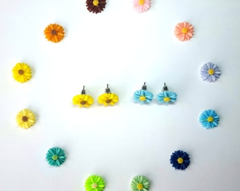 Daisy Flower Earrings. Flower Stud Earrings. Daisy Post Earrings. Surgical Steel Posts. Resin Cabochon. Choose your Color. Small 14mm