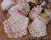 Fancy Crochet Washcloth - Fan Edged Crochet Dishcloth - Touch of Downton Abbey - Lace Edge - Victorian - Vintage Inspired