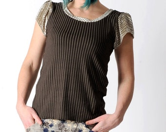 Brown jersey top, Brown and beige patterned top with short sleeves, geometric print brown top size UK 14