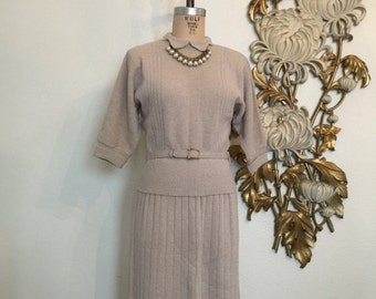 Fall sale 1940s knit set darby knits sweater dress 2 piece set 40s knit skirt and top beige sweater set