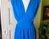 ON SALE....Vintage 1980's teal dress. size M