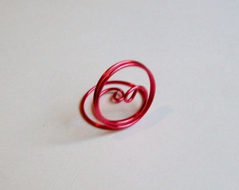 Small Placecard Holder - Coral Pink Wire  Place Card Seating - Swirl (set of 10)