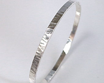 Sterling Silver bangle bracelet, Hammered, stacking, 4mm wide, Oval