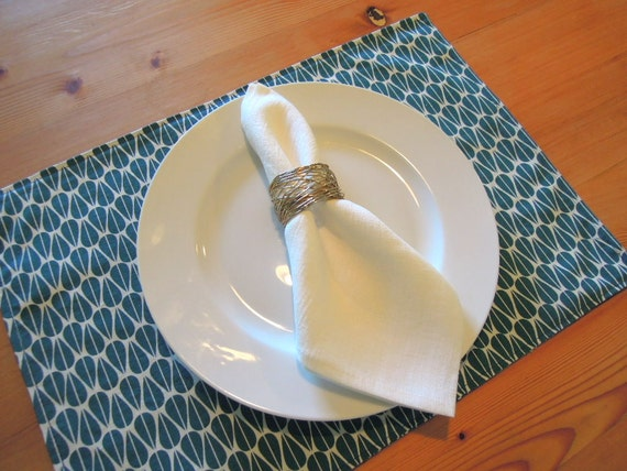 Organic cotton place mats by Nikkidesigns