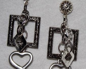 Silver and Black Dangle Post earrings - Shining Links