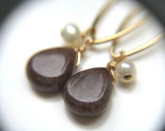 Gold Marquise Earrings . White Pearl Gemstone Chandelier Earrings Gold . Aventurine Earrings . Delicate Gold Earrings - Grace Collection