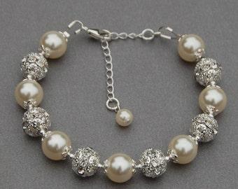 Bridal Jewelry, Brides Bracelet, Trending Jewelry, Pearl Jewelry, Bling Bracelet,  Ivory Pearl Bracelet, Bridesmaid Gift, Romantic Wedding,
