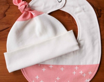 Pink Baby Hat, Drool Bib; Newborn Baby Girl Gift; Organic Cotton Top-Knot Baby Cap, Teething Bib; Shower Gift; Handmade in Canada; Pink Wink