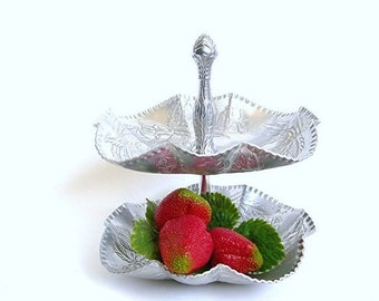 Aluminum Tier Tray - Hammered Tidbit Dish, With Handle, Roses Design, Vintage c1940s, Serving Buffets Kitchenware (G1)