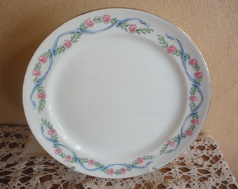 """Vintage Hall Dinnerware Wildfire 9 1/4"""" Breakfast Lunch Dinner Plate Holiday Serving Meals"""