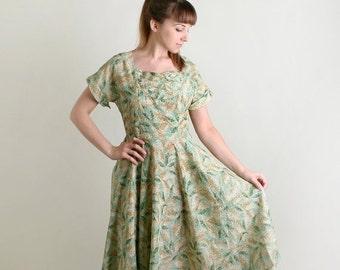 ON SALE Vintage 1950s Dress - Sheer Mint Leave Print Light Day Dress - Large Summer