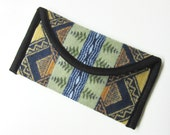 Wallet Clutch Bag Native American Print from Pendleton Woolen Mills Magnetic Snap Closure