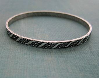 NEW Silver Bangle Bracelet 3778