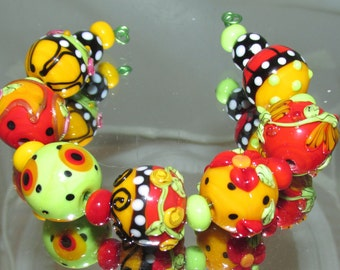Colorful Rounds. Lampwork beads MTO