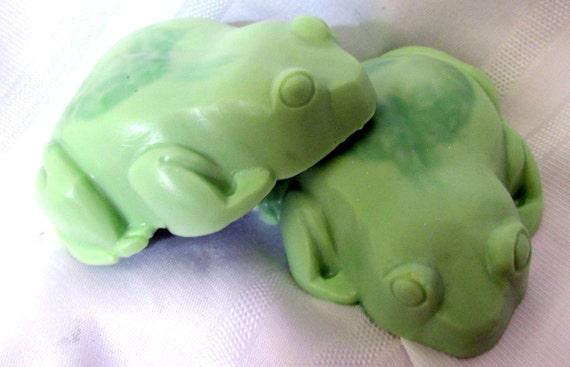 Lucky Frog / Lemongrass Soap