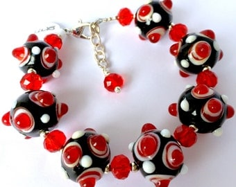 Large Red Black Bumpy Lampwork  Lamp Work  Bead Red Crystal Bead Beaded Bracelet