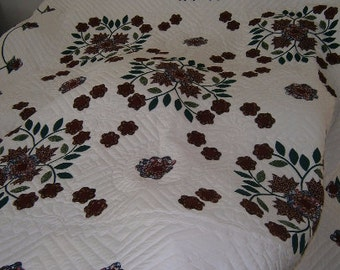 Amish Made - The Wreath Rose Applique Quilt