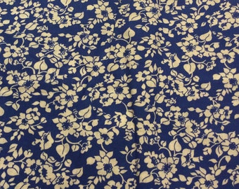 4 1/2 Yards of Vintage Blue and White Floral Print Stiff Cotton Fabric