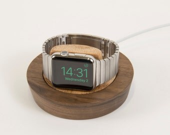 Saucer for Apple Watch - Walnut + Red Oak