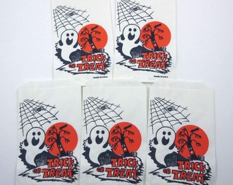 Vintage Halloween Trick or Treat Candy of Party Favor Bags with Ghost Spider Web and Spooky Tree Set of 5