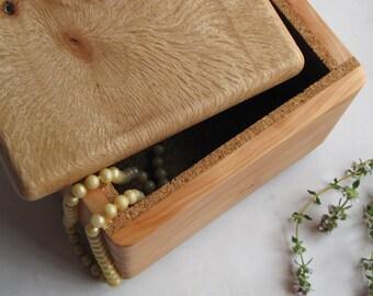 Wood gift box  Jewelry  box Wedding Trinket box Cork Treasure box
