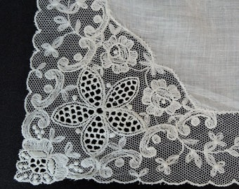 Vintage White Wedding Hankie with Embroidered Tulle Lace, Antique Hand sewn drawn work