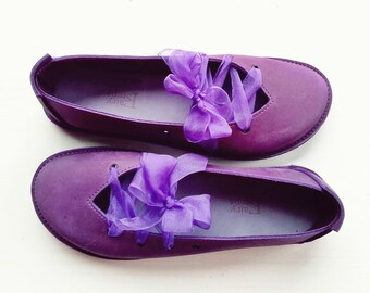 Ladies shoes, CLARA, Handmade Leather Vintage Inspired Shoes by Fairysteps in Violet