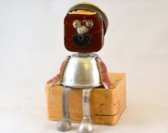 HOLDEN the HIPSTER BOT, Assemblage Art Recycled Robot Sculpture