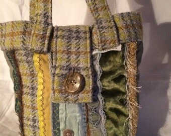 Scrappy Stripe Handbag in Autumn