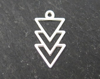 Sterling Silver Triangles Pendant 16mm (CG8144)