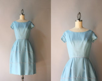 Vintage 1960s Dress / 50s 60s Soft Blue Linen Dress / 60s Tiered Bell Skirt Dress
