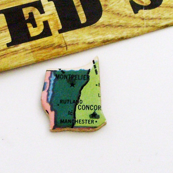 1961 New Hampshire & Vermont Brooch - Pin / Unique Wearable History Gift Idea / Upcycled Vintage Wood Jewelry / TImeless Gift Under 25