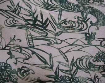 Vintage kimono S74, silk, off white and green