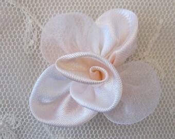 12 pc PEACH WHITE Satin Organza Ribbon Fabric Rose Flower Applique Bridal Bouquet Baby Doll