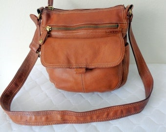 Fossil buttery soft thick camel tan aged leather slim messenger bag satchel cross body bag organizer  vintage near mint